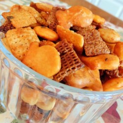 Spicy Buffalo Chex(R) Mix Recipe - Pass around bowls of this quick and easy homemade Chex(R) mix with spicy, Buffalo-wing flavor at your next party.