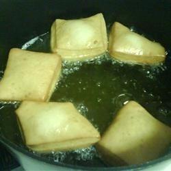 Cooking Sopapillas