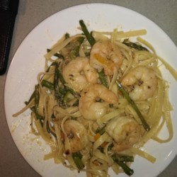 Shrimp and Asparagus with a Louisiana Twist Recipe - This recipe uses crushed red pepper for a bit of Louisiana heat in a pasta dish with shrimp, asparagus, and red bell pepper.