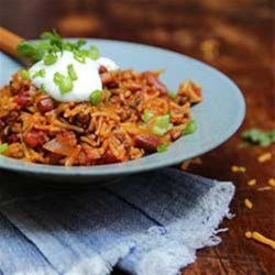 Fix-it-Fast Chili Recipe - In just 30 minutes, you can indulge in our Fix-It-Fast Chili soup recipe. Ground beef is delicately mixed with spices, beans and veggies for a quick and satisfying bite.