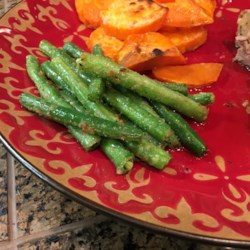 Sauteed Garden Fresh Green Beans Recipe - Fresh green beans are sauteed with onion salt, garlic salt, and garlic powder producing a quick and easy side dish.