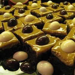 Coffee Liqueur Brownies Recipe - Coffee lovers will delight in this heavenly brownie recipe. The best part about this recipe is that it only dirties one dish!