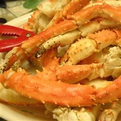 Steamed Lemon Grass Crab Legs Recipe - Lemon grass and ginger bring these steamed crab legs to a whole new level of deliciousness - with Asian kick! Serve with fresh spinach salad or favorite side. Use drawn butter for dipping, or try lemon juice, salt, pepper and sugar for tangy sauce. Enjoy!