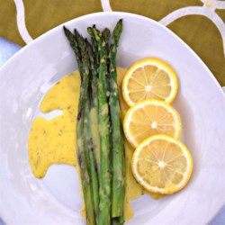 Easy Dill Hollandaise Sauce Recipe - This creative microwave method for cooking hollandaise makes it quick and easy to prepare. Perfect with eggs, salmon, asparagus, and more.
