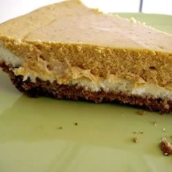 Double Layer Pumpkin Cheesecake Recipe - A great alternative to pumpkin pie, especially for those cheesecake fans out there.