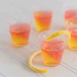 French 75 Jell-O(R) Shots Recipe - These red and yellow Jell-O(R) shots inspired by the French 75 cocktail are an easy make-ahead treat for your Game Day party.