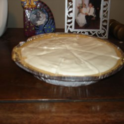 Lemonade Pie V Recipe - This is an easy ice cream pie with great lemon flavor!