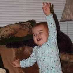 Kahleia is 'thiiiiis big'!