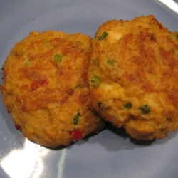 Maryland Crab Cakes III Recipe - Spicy crab cakes made with onion, celery, and brown mustard. Broiled to a golden brown.