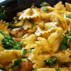 Creole Shrimp and Pasta Meuniere Recipe - This recipe is one of my favorites, because the taste of the shrimp doesn't get lost in the sauce. The sauce has just a hint of a kick, and really enhances the shrimp. Just wonderful...enjoy!!