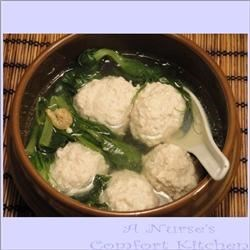 He Jia Tuan Yuan (Tofu Ball Soup for Lunar Chinese New Year)