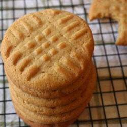 Chef John's Peanut Butter Cookies Recipe and Video - These classic peanut butter cookies don't get much easier.