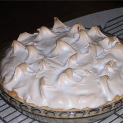 Good Meringue Recipe - Egg whites beaten with cream of tartar, then sugar until those famous stiff peaks form...golly, that's good meringue! A nice, basic recipe.