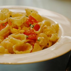 Awesome Bow Tie Pasta Recipe - Bow tie pasta tossed with feta, tomato and green onions in a balsamic vinaigrette.