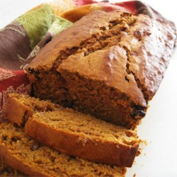 Banana Pumpkin Bread Recipe - With lots of cinnamon and pie spices, this recipe will give you a sensational pumpkin bread with banana added for richness and even deeper flavor.