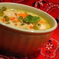 Creamy Chicken Vegetable Chowder Recipe - Delicious blend of fresh veggies, cheese and chicken. EASY!