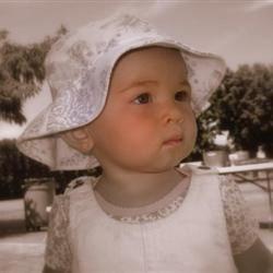 Floppy Hat Girl
