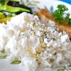 Lemon Dill Rice Recipe - A deliciously different type of rice dish that everyone will enjoy. I like to use fresh dill when available, and then use it for the garnish as well.