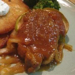 Baked Pork Chops in Apple Gravy