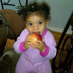 Kaylin Alyce and the Apple