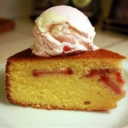 Cornmeal Strawberry Cake Recipe - A sweet and moist cake. Blueberries can be used instead of strawberries.