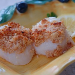 Dinah's Baked Scallops Recipe - This is my favorite way to prepare scallops. They're so flavorful they don't really need much more than a little butter and lemon. I like to serve them with a nice rice pilaf and vegetable.