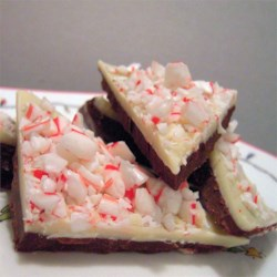 Peppermint Bark Recipe - This layered peppermint bark is a delectable blend of semisweet chocolate, white chocolate, and peppermint.