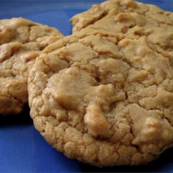 Chewy Maple Cookies Recipe - This is a soft chewy cookie with a delicious maple flavor.