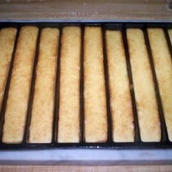 Unleavened Cornbread Recipe - Adapting recipes for the Days of Unleavened Bread is always fun and challenging.  Here is the one we use for cornbread during that week.