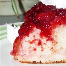 Fresh Strawberry Upside Down Cake Recipe - Fresh strawberries and mini-marshmallows create a delicious topping for light, yellow cake.