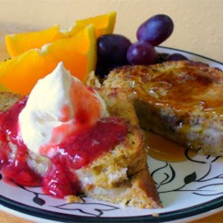 Karen's Baked Banana Stuffed French Toast Recipe - French toast and bananas are a perfect pair. This recipe sounds more difficult than it is. Give it a try, you'll love it! Try garnishing the toast with strawberries, powdered sugar and maple syrup.