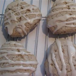 Maple Walnut Scones Recipe - These tasty maple and nut flavored scones taste like they came from a specialty coffee shop.