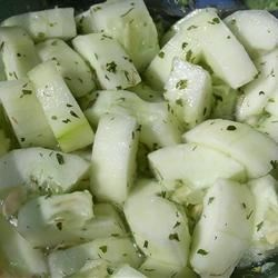 Easy Cucumber Salad Recipe - This is a perfect side dish for your summer barbecue or any Mediterranean or Middle Eastern dish. You can also substitute 2 large tomatoes for the cucumber for a delicious tomato salad.