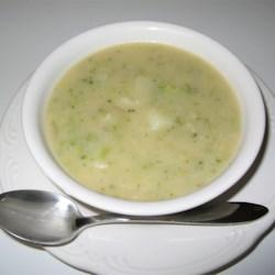 Potato, Broccoli and Cheese Soup Recipe - A cheesy, potato broccoli soup that tastes great.