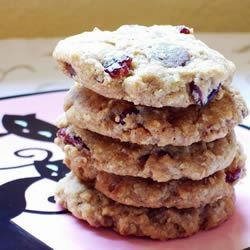 Chewy Oatmeal Cherry Toffee Crisps