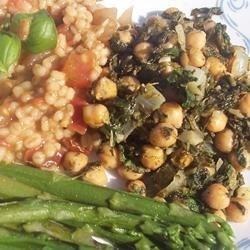 Back to Espinacas con Garbanzos (Spinach with Garbanzo Beans) recipe