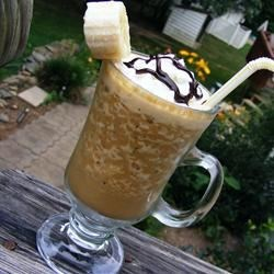Chocolate Banana Smoothie Recipe - A quick, cool, tasty treat, perfect for a hot summer day!