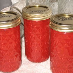Green Tomato Raspberry Jam Recipe - Simple jam recipe made with green tomatoes and raspberry gelatin.