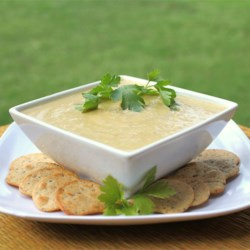 Low Carb Cauliflower Leek Soup Recipe - A simple yet tasty alternative to potato leek soup. Great for those watching their carbs or calories, or just looking for a different vegetarian soup.