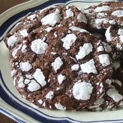Chocolate Crackle Cookies Recipe - This recipe was handed down by my Aunt Maureen.  One of the best chocolate sugar cookies you will ever eat.