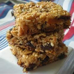 Muesli Bars I Recipe - These bars are a great lunch box treat. Use almonds or macadamia nuts as a variation.