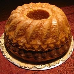 Pooter's Wine Cake Recipe - A moist and easy cake made with a cake mix and fortified with sherry wine.