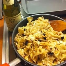 Pasta Siciliano Recipe - This wonderful and easy skillet pasta dish includes sun-dried tomatoes, olives, pine nuts, feta cheese, and crushed red pepper flakes. This is an authentic alternative that gets rave reviews in our family.