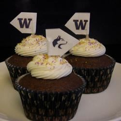 Husky Football tailgating cupcakes with purple & gold sprinkles! GO DAWGS!