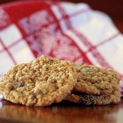 Beth's Spicy Oatmeal Raisin Cookies Recipe - With a little experimenting, I came up with these chewy, spicy, oatmeal raisin cookies. They make your kitchen smell wonderful while they are baking. They almost remind me of Christmas because the spices smell so good.