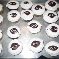Mummy Cupcakes I made with Mommy