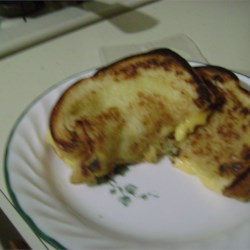 Mike's Favorite Grilled Cheese Recipe - A good way to make a grilled cheese sandwich in a nonstick pan.