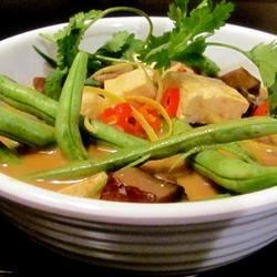 Tofu and Green Bean Red Curry