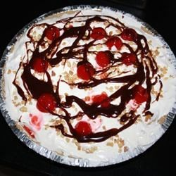 Banana Split Cheesecake Recipe - A good no-bake cheesecake. It tastes just like its name.