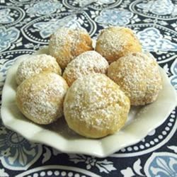 Zeppoli Recipe - Dust these little fry breads with powdered sugar as soon as they are cooked.  An Italian tradition on Christmas Eve, they make a fun treat any time of year.